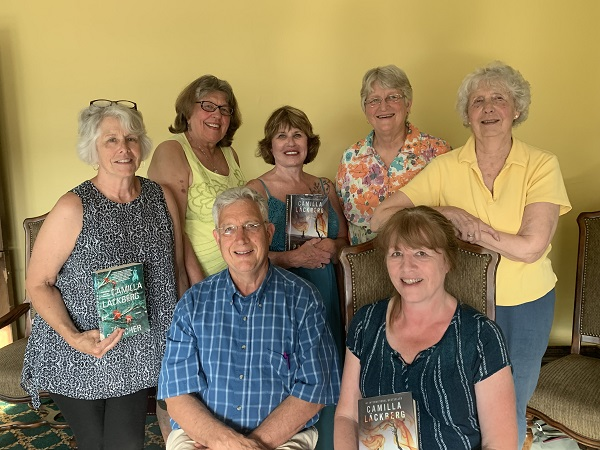 (Standing left to right) Winnie Huron, Marlene Broemer, Donna Siren Perryman, Nelda Reid, Nancy Schreiber (Seated left to right) David Reid, Sue Desmond
